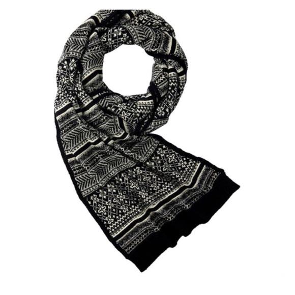 Love & Lore Black Fair Isle Winter Knit Scarf New